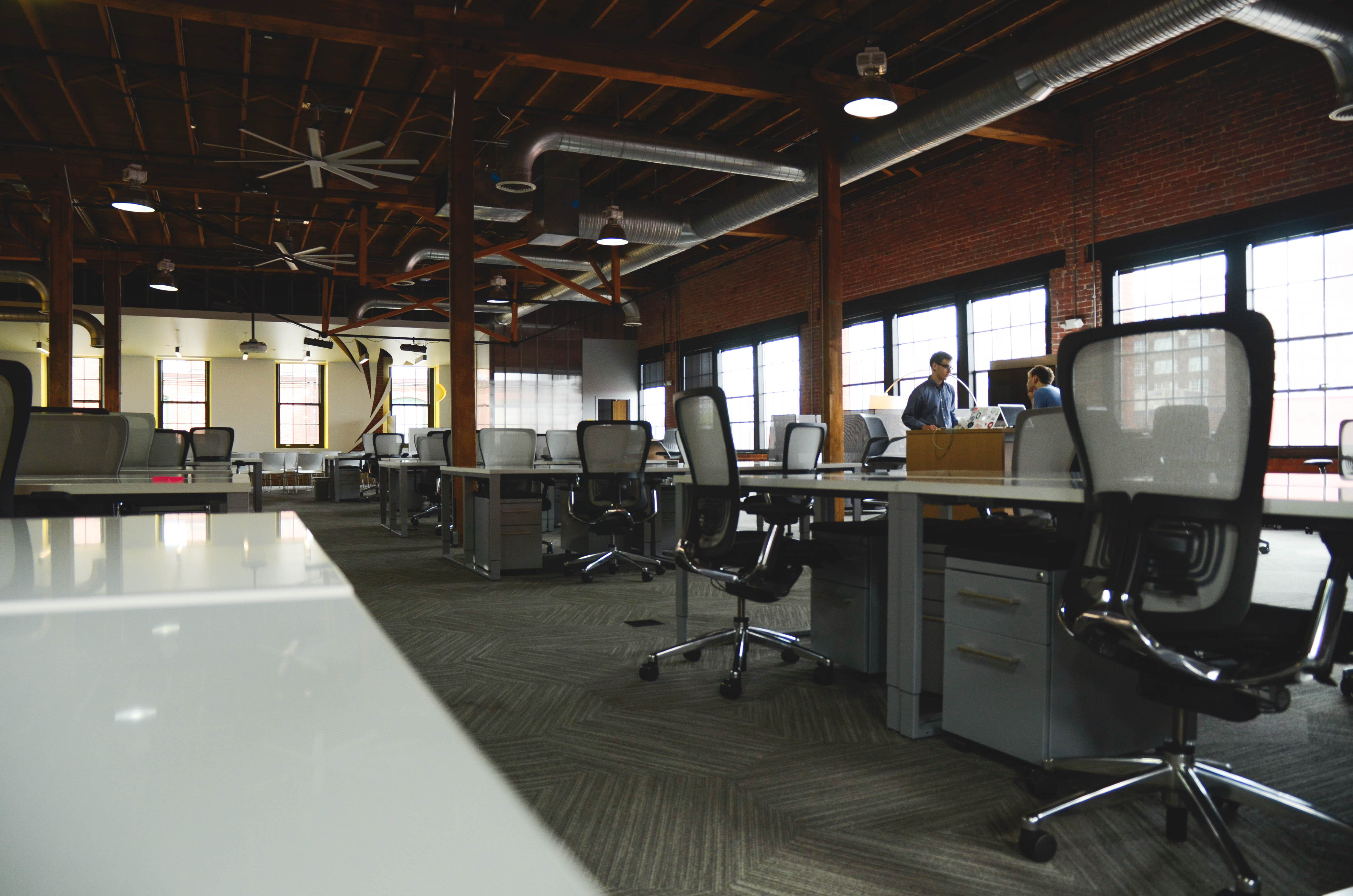 09 Nov Will An Office Workspace Makeover Boost Employee Productivity?